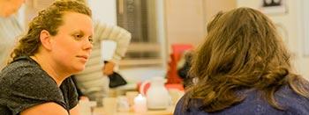 Viser Malene fra Motikon der har fokus på den individuelle udvikling hos en deltager på et kursus i Den Motiverende Samtale.